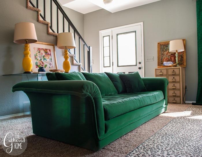 emerald green velvet sofa2