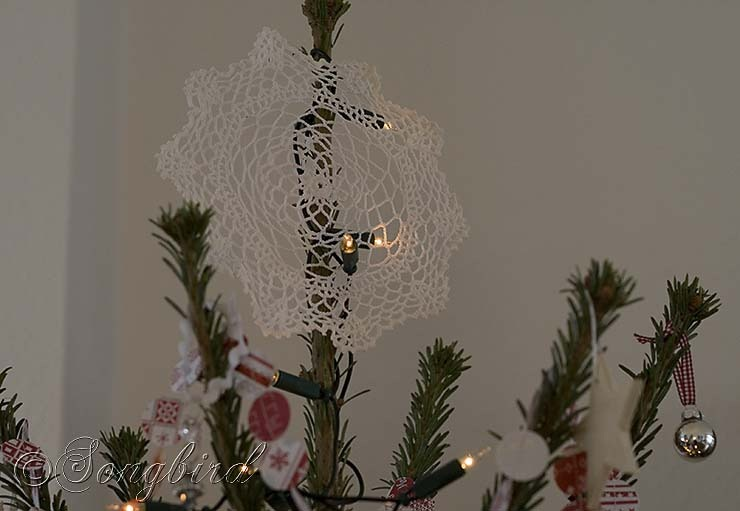 Songbird Christmas Tree Topper Doily