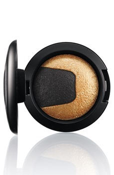 DivineNight-MineralizeEyeShadow-GildedNight-300_thumb[4]