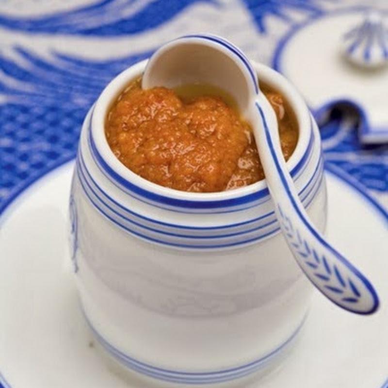 Salsa alla bottarga, il dolce profumo di mare ed il tipico sapore del salato.