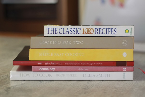 Declutter your cookbooks (4)