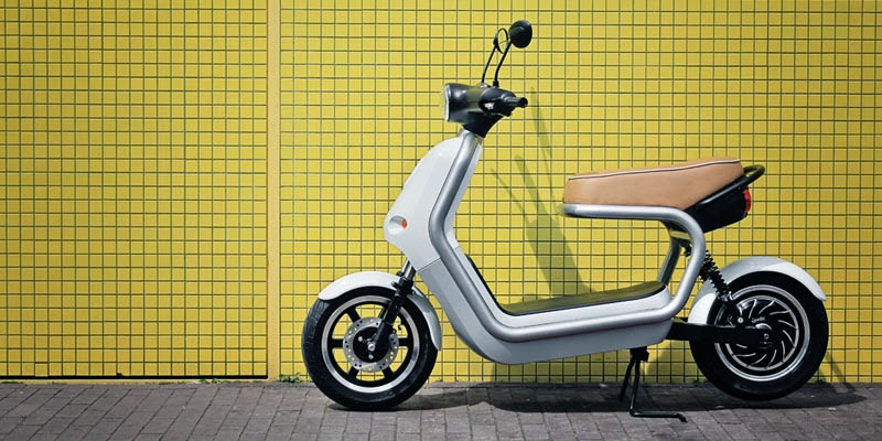 07-q-scooter-qwic-smool.jpg