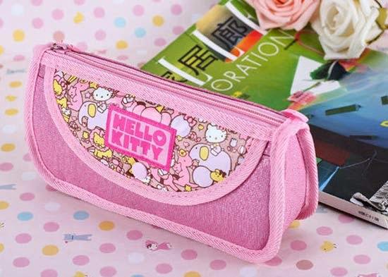 bolsinha-necessaire-maquiagem-hello-kitty-i-love-pink-2.jpg
