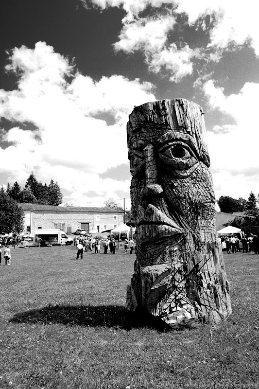 Wood statue