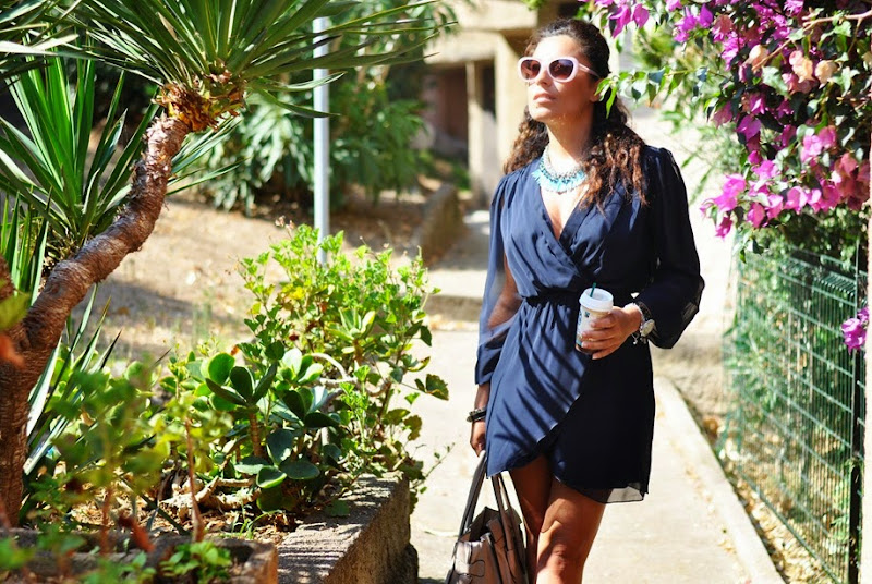 glamour-girl-outfit-fashionblogger-travel-corsica-axparis-dress