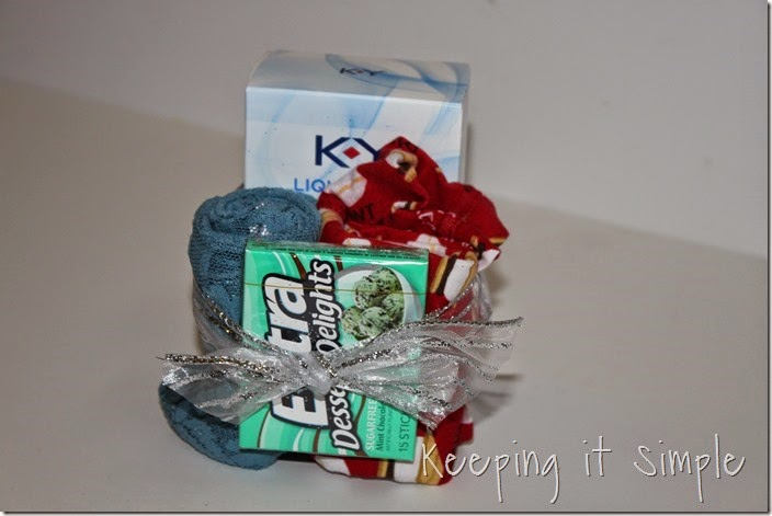 #ad Date-night-basket-with-coupon-book #TheMoodStirkes (14)