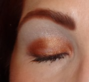 Laura Mercier Metallic Creme Eye Colour_Copper Sunrise and Illuminating Eye color Crystal Fantasy_2