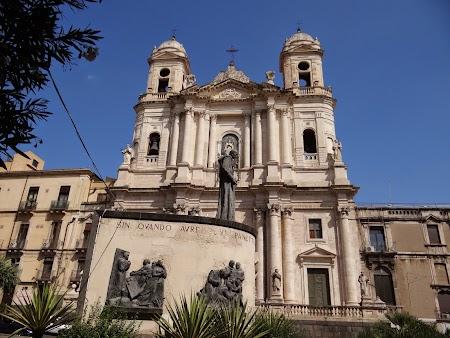 23. Biserica in Catania, Sicilia.JPG