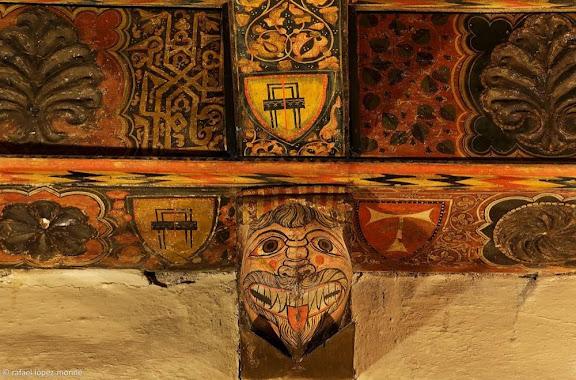Detall de l'artesonat gòtic del sostre de la sagristia menor i sala del Tresor, s. XIV.Catedral de Santa Maria, catedral de Tarragona.Tarragona, Tarragonès, Tarragona