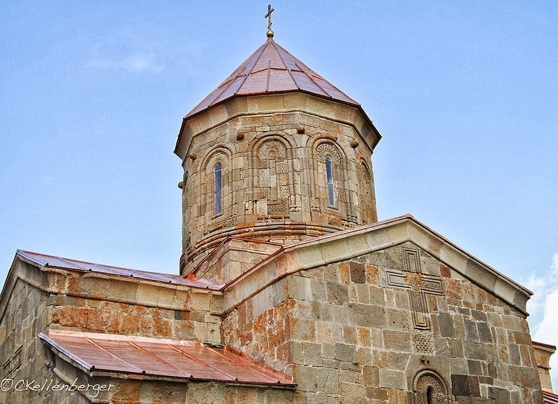 gergeti-trinity-church-6