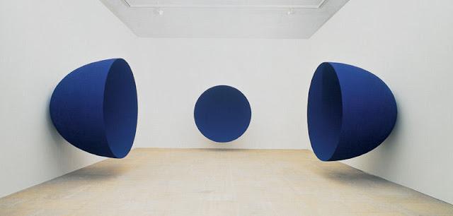 Anish Kapoor - Fondos azules.jpg