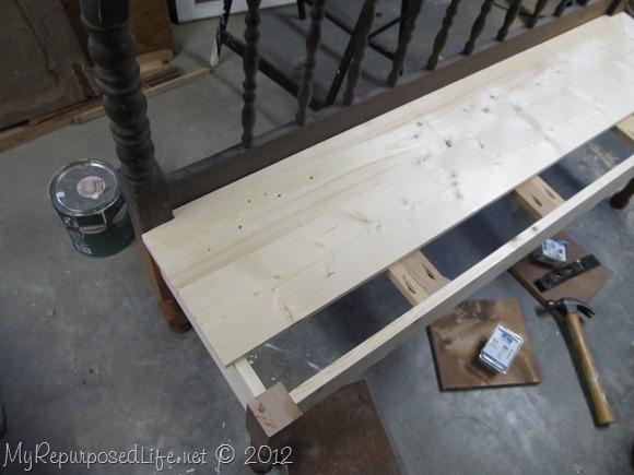 notch headboard bench seat