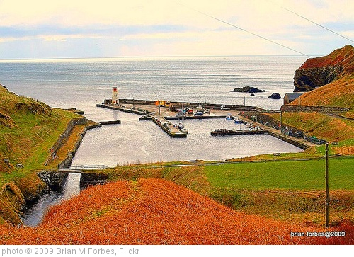 'Lybster Harbour. A hidden gem' photo (c) 2009, Brian M Forbes - license: http://creativecommons.org/licenses/by/2.0/