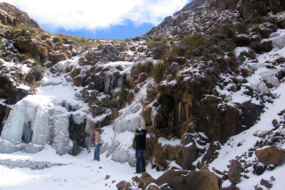 Sani Pass photo gallery - Snow at Sani Pass in August
