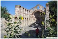 Византийская базилика Святой Софии. Несебр. Болгария. www.timeteka.ru