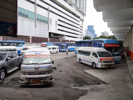 03. Microbuz Bangkok - Pattaya.JPG