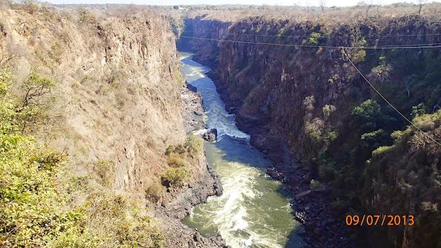 Victoria Falls ZA 072.JPG