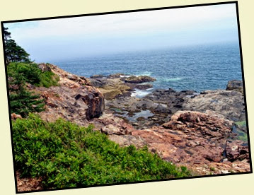 01f - Great Head Trail - hiking the rocky coast
