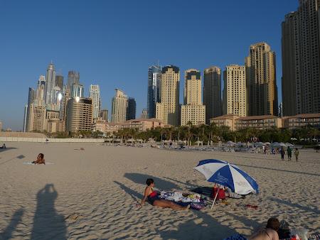Obiective turistice Dubai: plaja Dubai Marina