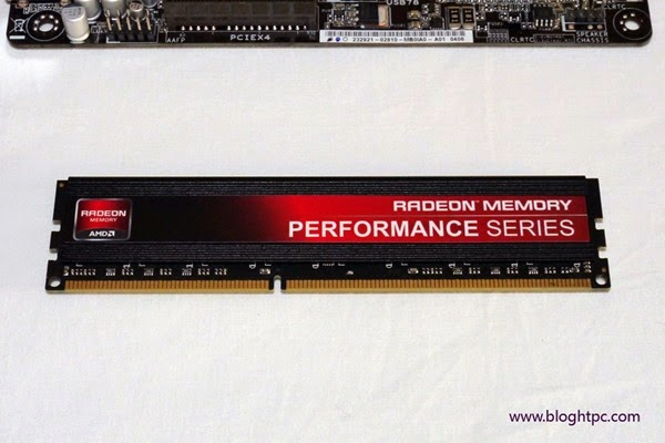 RAM AMD Radeon Memory Performance Series