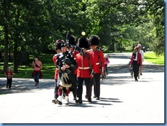 6519 Ottawa 1 Sussex Dr - Rideau Hall - Ceremonial Guard performing the Relief of the Sentries