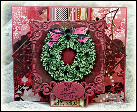 Holly Wreath, Decorative Corners Dies