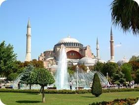 800px-İstanbul-Ayasofya