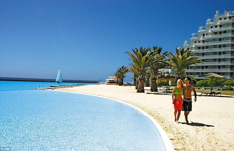 World s largest swimming pool amusing planet - San alfonso del mar resort swimming pool ...