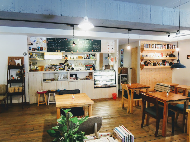 一走進六丁目 Cafe.jpg