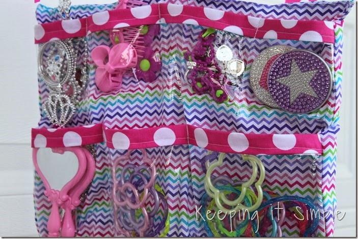 DIY Little Girls Hanging Jewelry Holder (17)