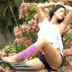 Andrea Rincon, Selena Spice Galeria 59 : Haciendo Ejercicio Al Aire Libre – AndreaRincon.com Foto 3