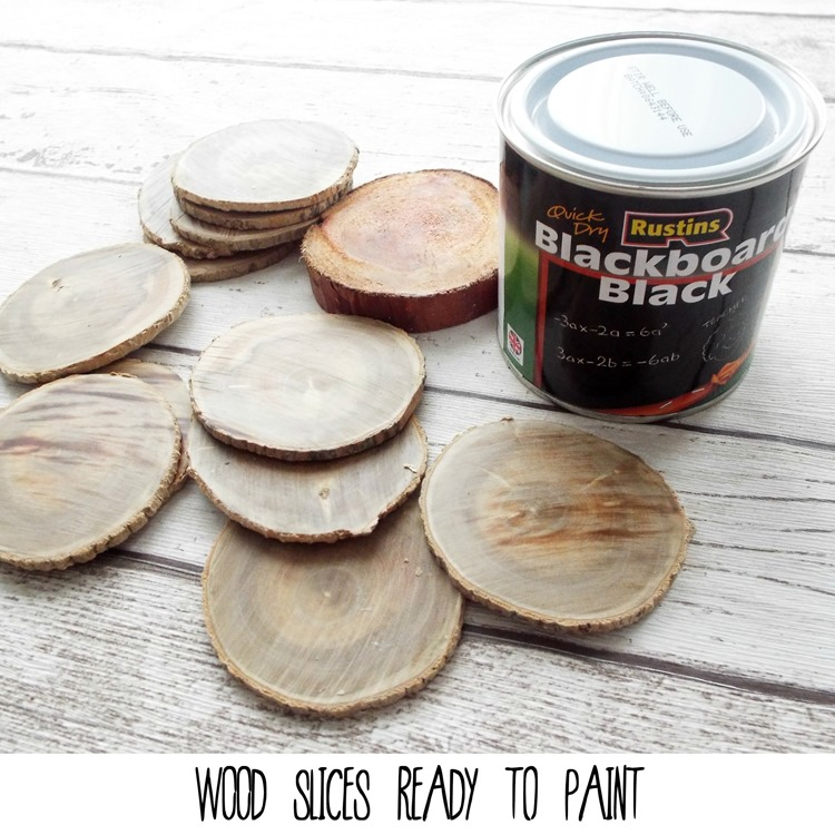 WOOD SLICES AND CHALK PAINT