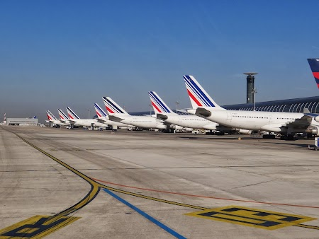 05. Aeroport Paris.JPG