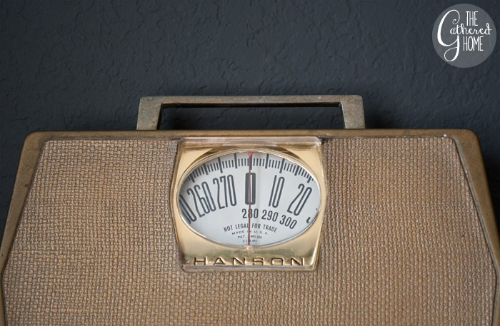 thriftscorethursday vintage scale2