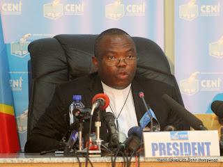 Président de la Ceni, Daniel Ngoy Mulunda le 9/12/2011 à Kinshasa, lors de la publication finale des résultats provisoire de la présidentielle de 2011 en RDC. Radio Okapi/ Ph. John Bompengo