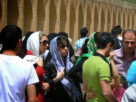 30. Hipsterite iraniene.JPG