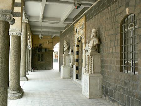 Imagini Siria: statui mitropoliti ortodocsi in Damasc