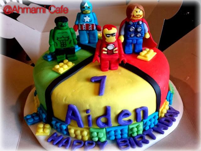 Ahmami Cafe Hulk Iron Man Cpt America Thor Lego