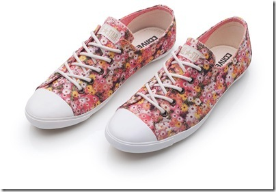 136933_192527_cs88935_tenis_all_star_light_floral_peq
