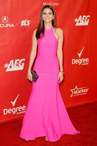 Victoria Justice attends The 2014 MusiCares Person Of The Year Gala