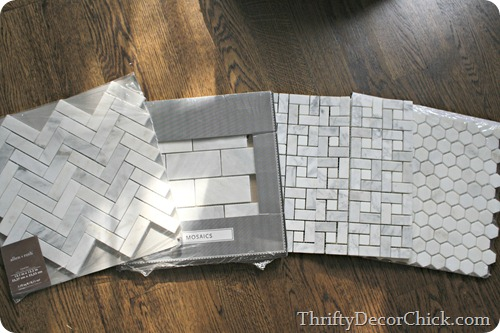 gray and white marble tiles