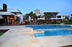 piscina-casa-Benn-Vaalriver-by-Nico-van-der-Meulen.1