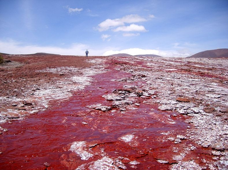 red-lagoon-chile-2