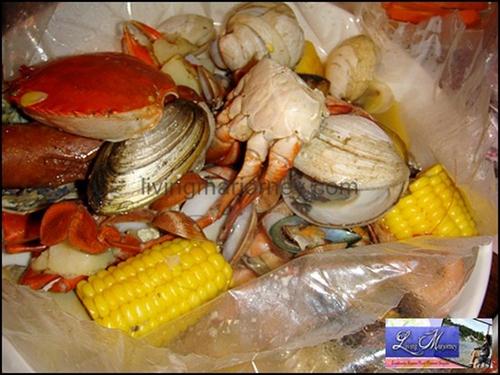 Clawdaddy: Seafood Boil in a Bag Garlic Butter (P1,495.00)
