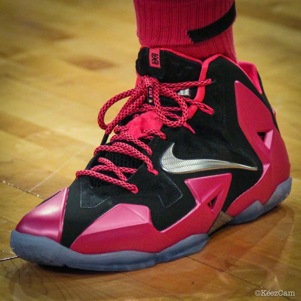 promo code 957df 90f50 Swin Cash Debuts Nike LeBron 11 8220Think Pink8221 PE ...