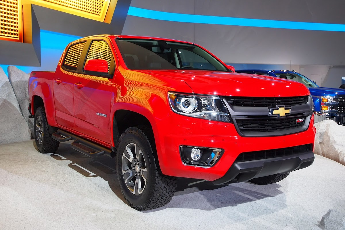 All Chevy 2015 chevrolet s10 : 2015 Chevrolet Colorado Shows Up at the LA Auto Show Ready for ...
