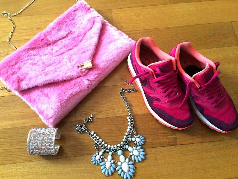 outfit-mfw-nike-sarenza-milly-dress-pomikaki-bag-ottaviani-bracciale