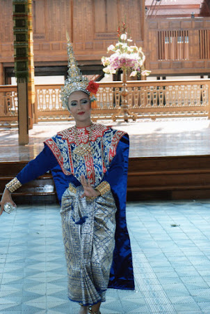 Imagini Bangkok: dansatoare Thai.