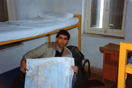 Imagini Grecia:  Singur in lume - youth hostel in Patras.jpg