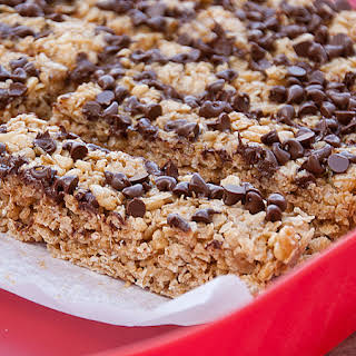Kids in the Kitchen – No Bake PB and Chocolate Granola Bars.